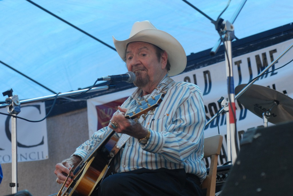 2007 Festival - Hank Thompson (11)