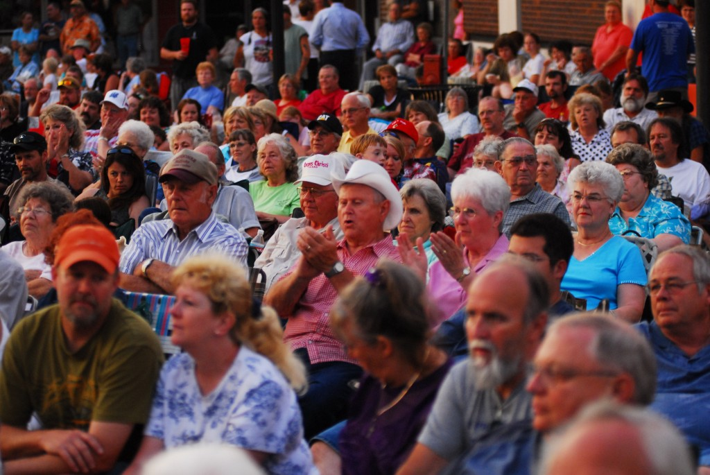 2008 Festival - Main Stage Audience