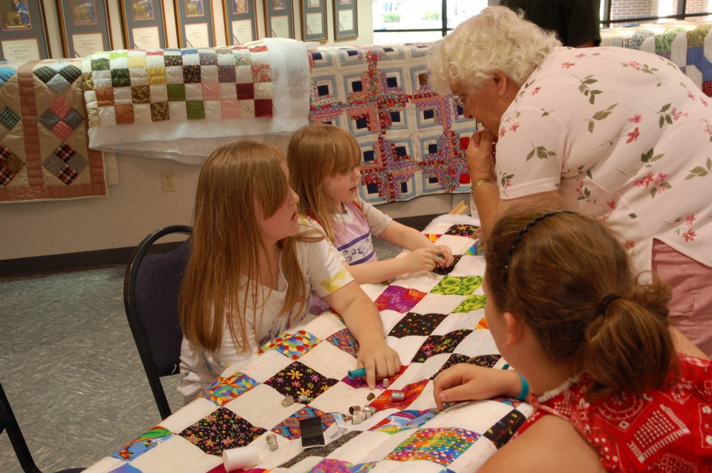 2009 Festival Quilting Hands-On Area (8)