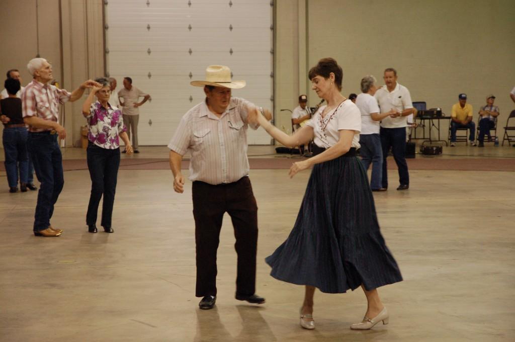 2009 Festival - Square Dance (3)
