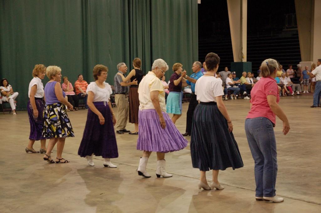 2009 Festival - Square Dance (4)