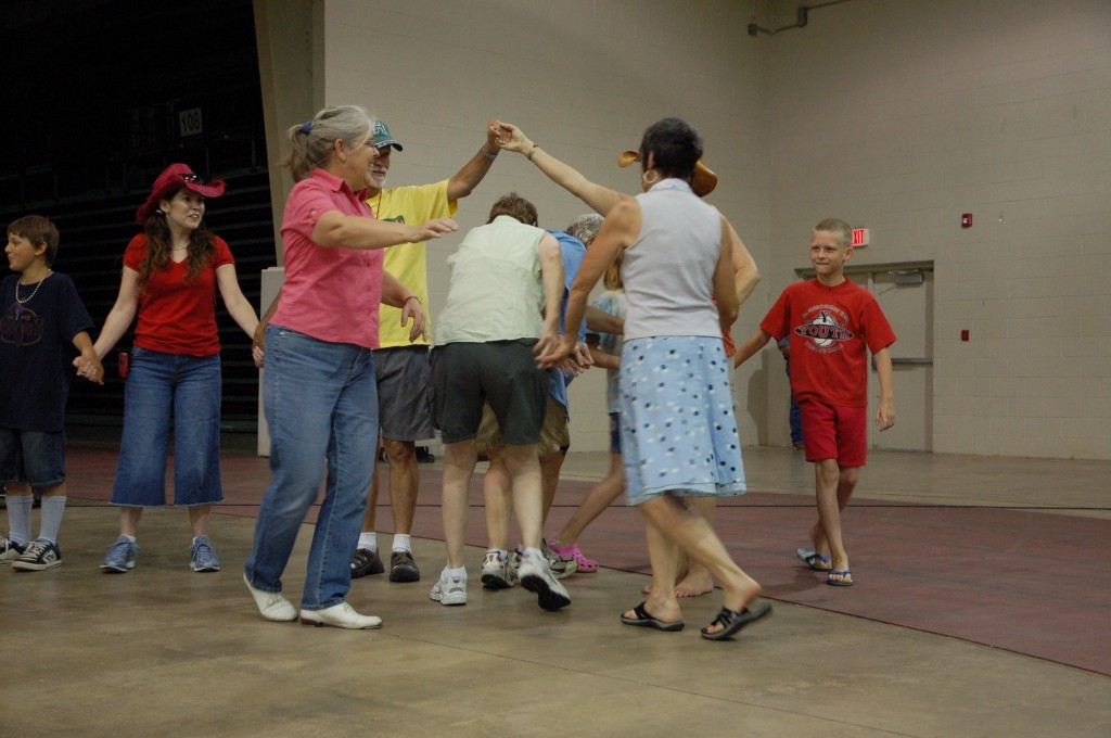 2009 Festival - Square Dance Lessons (14)