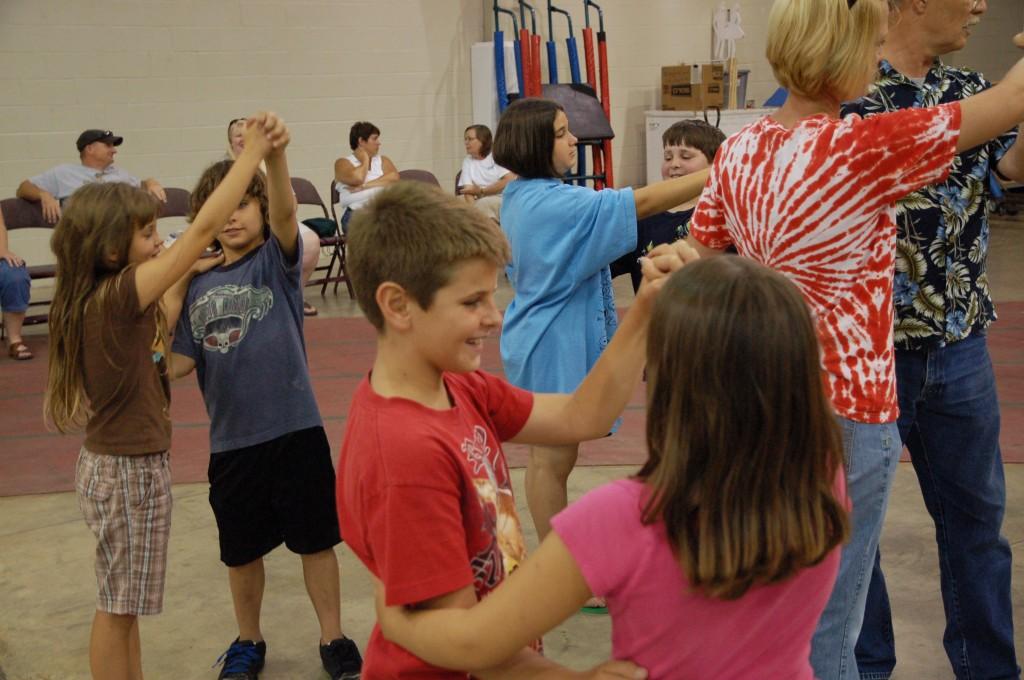 2009 Festival - Square Dance Lessons (16)