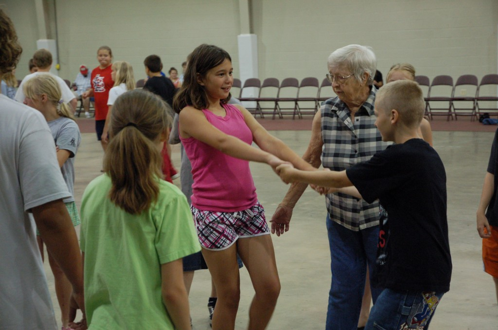 2009 Festival - Square Dance Lessons (21)