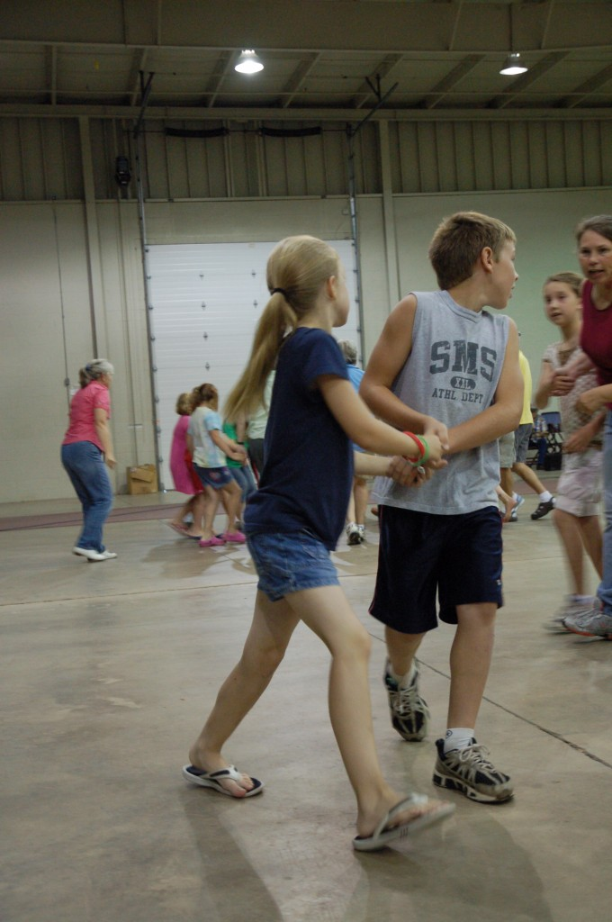 2009 Festival - Square Dance Lessons (23)