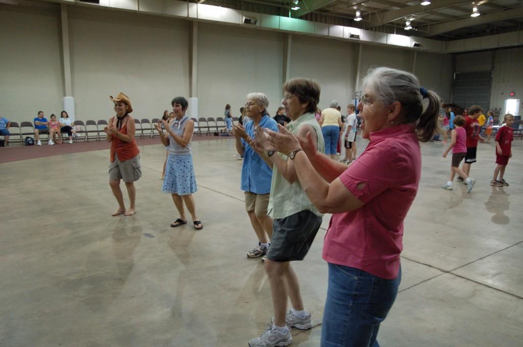 2009 Festival - Square Dance Lessons (25)
