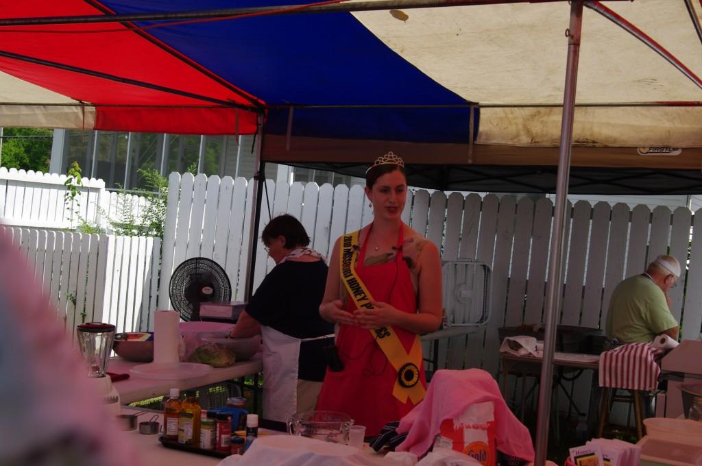 2010 Festival - Missouri Honey Queen
