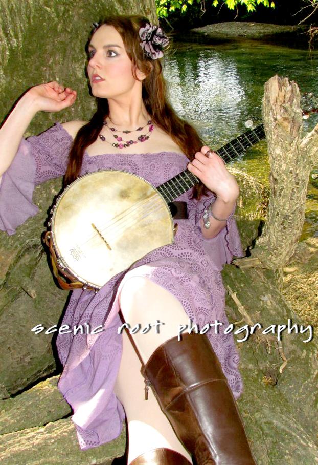 Emily Desowden Est