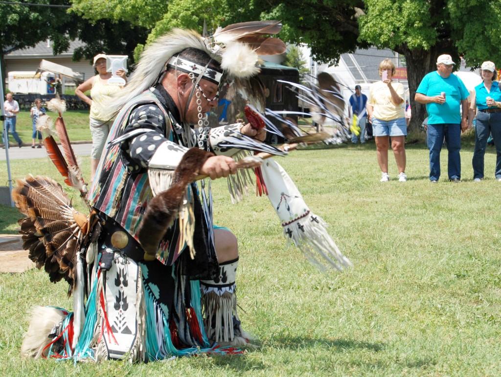 Falcon Family dancer