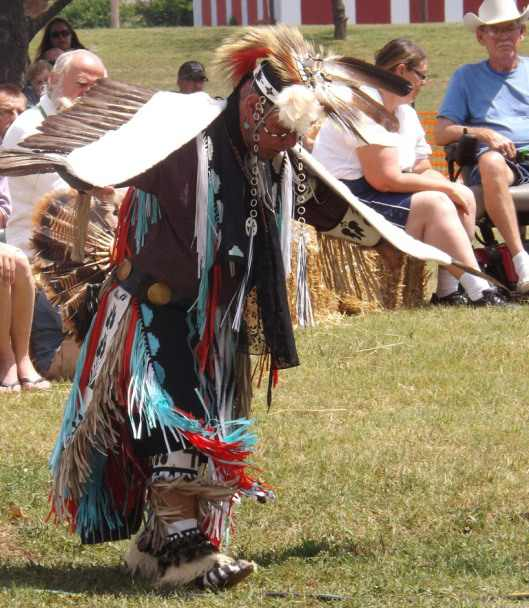 2012 Festival - Falcon Family Dancer