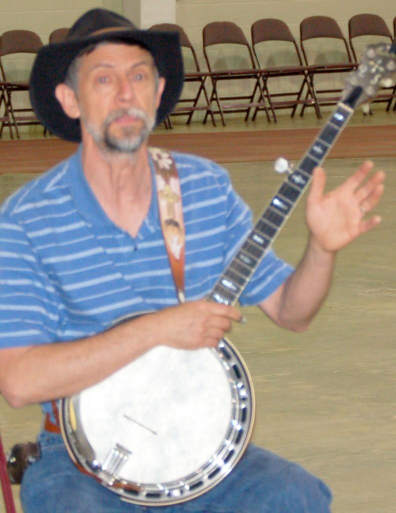 Norm Farnum banjo workshop